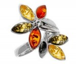 Silver ring with amber- flower